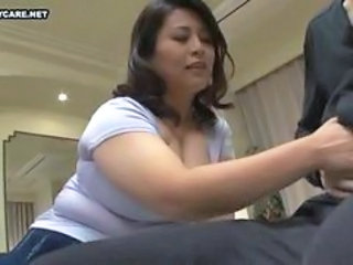Asian BBW Handjob Japanese Mature Mom
