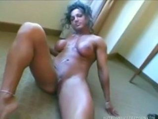 "Mature muscle woman Rhonda Lee Quaresma rub her pussy"" target=""_blank"