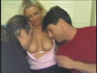 MILF Threesome Turkish