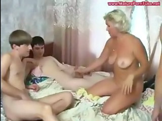 Amateur Family Gangbang Handjob Mature Mom Old and Young Russian SaggyTits Small cock