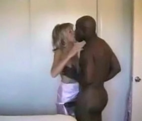 Cuckold Interracial Kissing MILF Wife