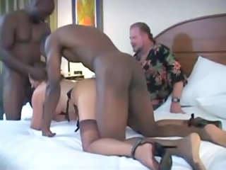 Amateur Blowjob Cuckold Gangbang Hardcore Interracial Mature Stockings Wife