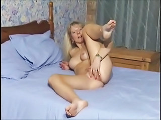 Amateur British European Masturbating Mature