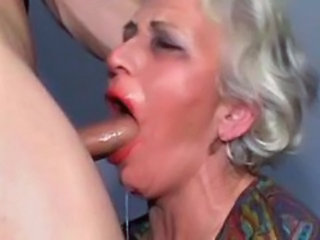 "Grannies loves to please young guys I"" target=""_blank"