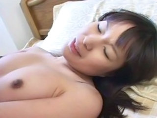 "Pretty sexy Japanese girl's hot hairy cunt fucked"" target=""_blank"