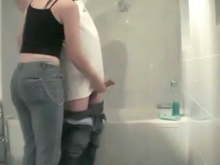 Amateur Bathroom Handjob Homemade Sister