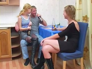 Amateur Drunk Kitchen Threesome