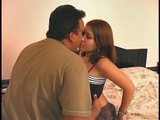 Kissing Latina Old and Young Teen