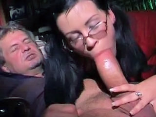 Stor kuk Blowjob Briller