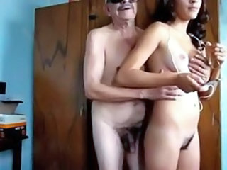 Amateur Daddy Daughter Hairy Homemade Old and Young Teen