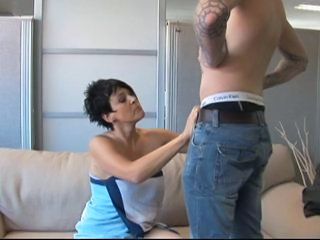 Older dutch mature getting young cock 3