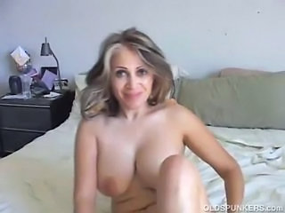 Amateur Big Tits Latina Mature