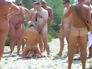 Amateur Beach Groupsex Nudist Orgy Outdoor Swingers