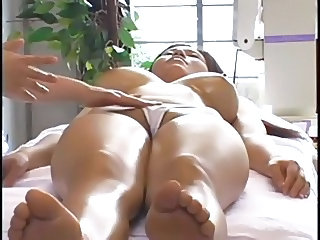 Aziaat Bus Massage MILF