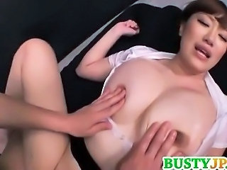 Asiatic Tate mari Japoneza MILF Natural