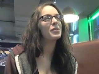 Amateur Girlfriend Glasses Public