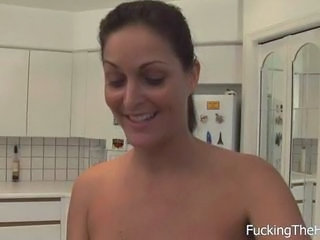 Amateur Kitchen Maid MILF