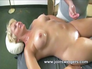 Massage Mature Oiled