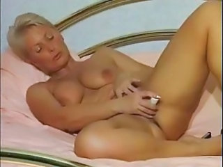 Masturbating Mature Mom Solo Toy