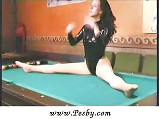 Flexible pool play...
