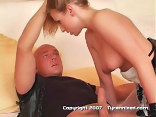 Blowjob Maid Teen