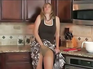 Kitchen Masturbating MILF Mom Pantyhose