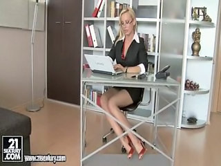 Amazing Glasses MILF Office Secretary