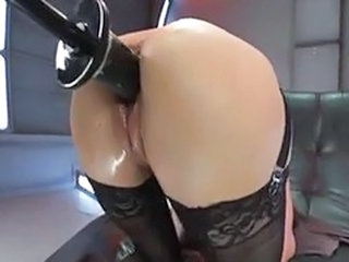Cytherea machines squirt.