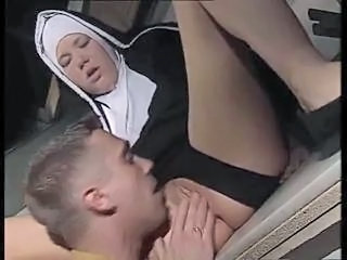"Nun in action"" class=""th-mov"
