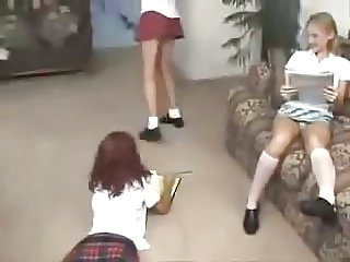 old vid of 3 girls in panties