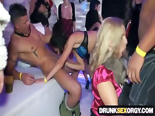 Depraved bisexual babes fucking at the party