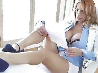 SEXY OFFICE MILF!!!