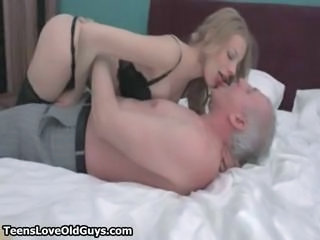 Sexy blonde babe gets her clothes off