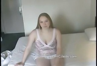 Pregnant 19yr Old Teen Sydney Flashing Big Boobs
