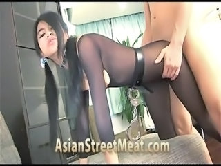 Thai Street Girl Anal For Next Meal free