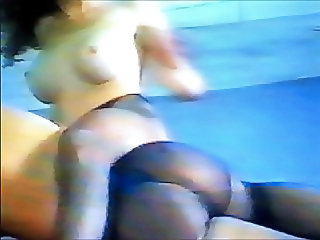Mature wrestles young in Pantyhose