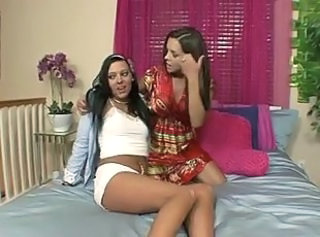 MILF FRANCESCA LE AND TEEN IVY WINTERS