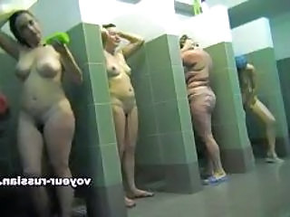 Russian Showers Voyeur