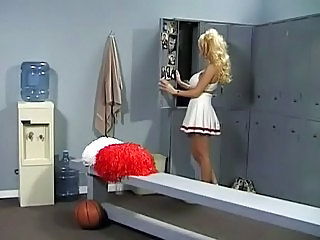Blond Cheerleader MILF nederdel uniform