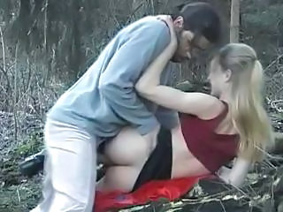 Blonde Hardcore Outdoor