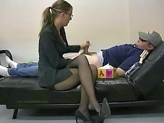http%3A%2F%2Fdrtuber.com%2Fvideo%2F135259%2Flady-boss-masturbates-her-lazy-employee-to-ignite-him-to-work