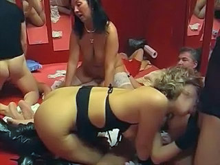 Swingers im lam out of here Legeres part 1