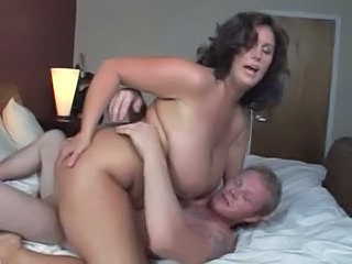 Amateur Big Tits Chubby MILF Riding