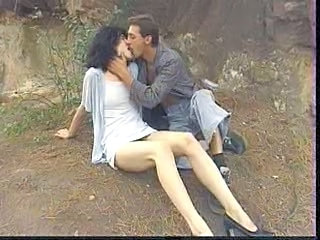 Cumshot Girlfriend Hairy Kissing Outdoor