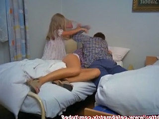 Amateur Homemade Teen Threesome