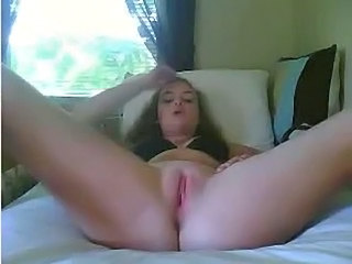 Amateur Clit Masturbating Pussy Shaved Young
