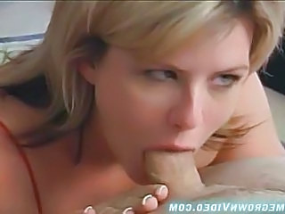 Amateur Blonde Deepthroat MILF