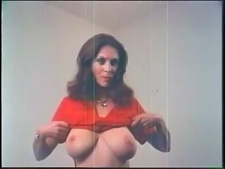 Big Tits Mature Natural Stripper Vintage
