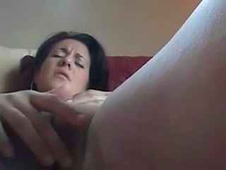 Amateur Close up Masturbating MILF