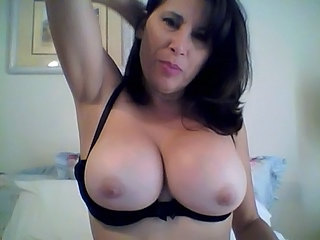 Mamelles Grosses Morena Madura Natural Webcam
